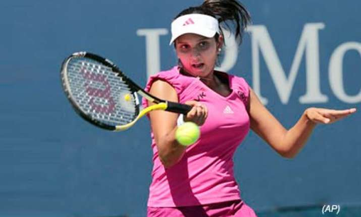 sania crosses first hurdle somdev crashes out