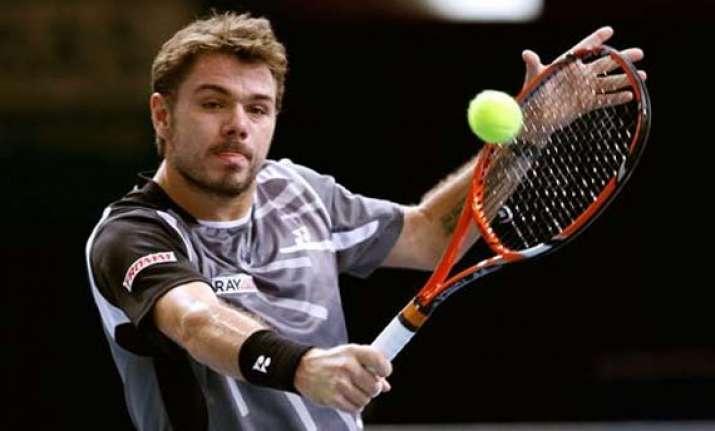 wawrinka raonic advance at paris masters