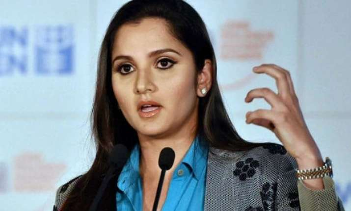 sania mirza fined for violating traffic rules in hyderabad