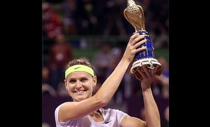 lucie safarova beats victoria azarenka to win the qatar open