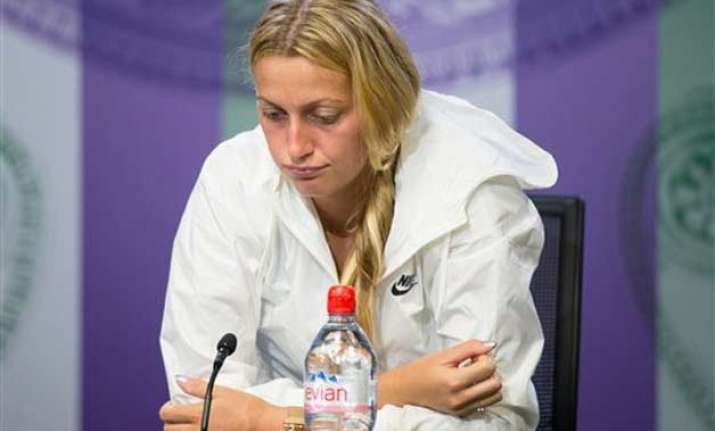 wimbledon 2015 defending champion petra kvitova loses to