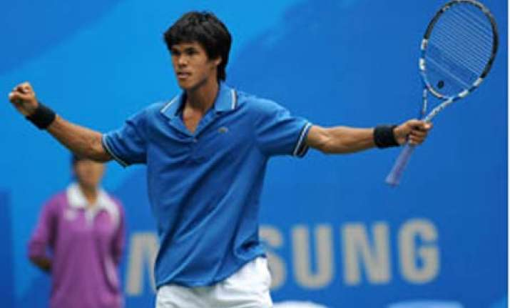 somdev creates history with gold poonia content with bronze