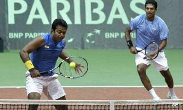 lee hesh win doubles rubber keep the tie alive for india