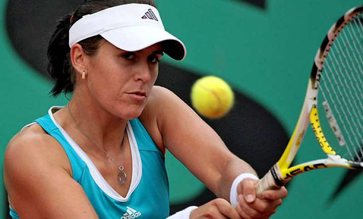injured medina garrigues withdraws from new haven
