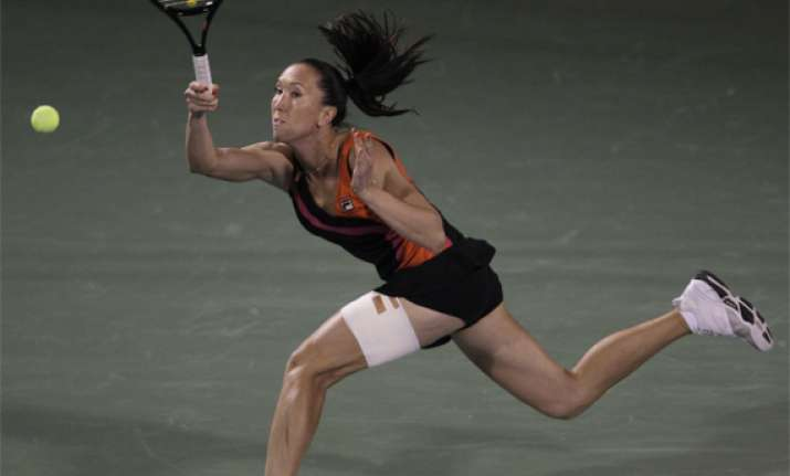 jelena jankovic beats us open champion sam stosur in dubai