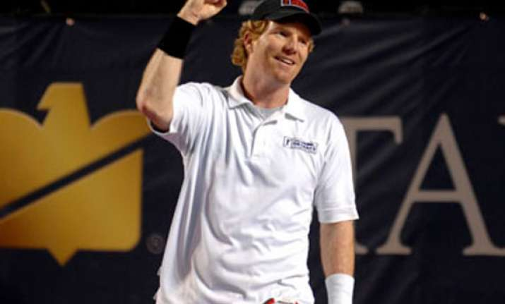 jim courier wins champions series event