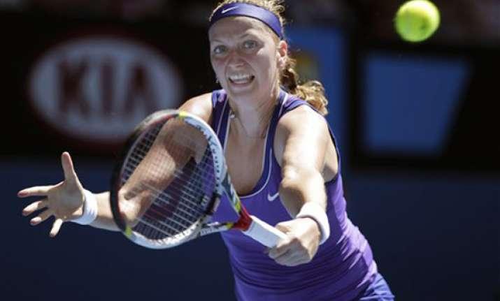 kvitova wins in 3 sets to reach 3rd round