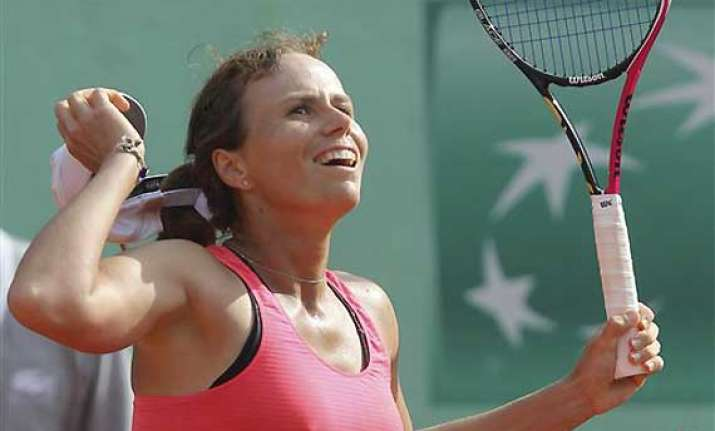 lepchenko of us upsets no. 19 jankovic at french