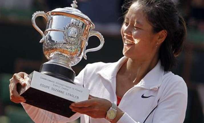 li na becomes first chinese to win grand slam title