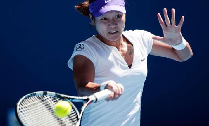 li na wins opening match at australian open