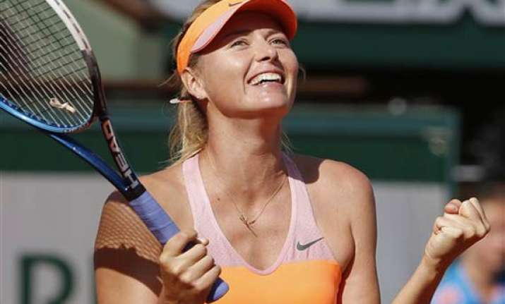 maria sharapova makes it back to french open final