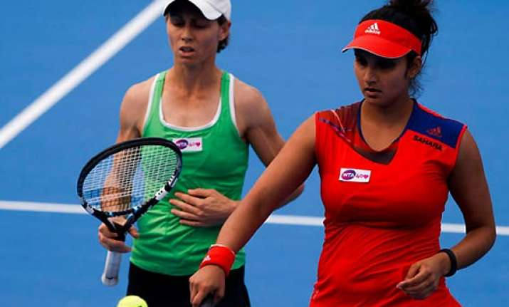 mirza black progress to portugal open quarters