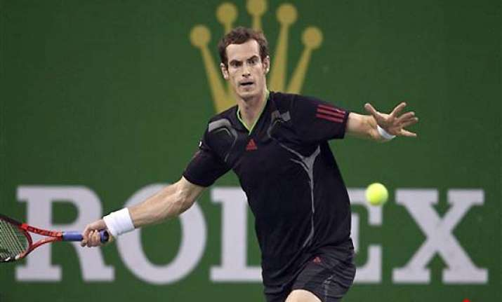 murray eases into semis at shanghai masters