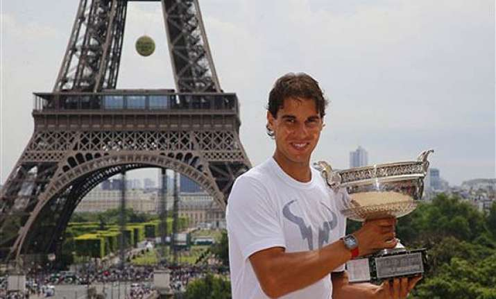 nadal holds onto no. 1 sharapova up to no. 5 in atp rankings