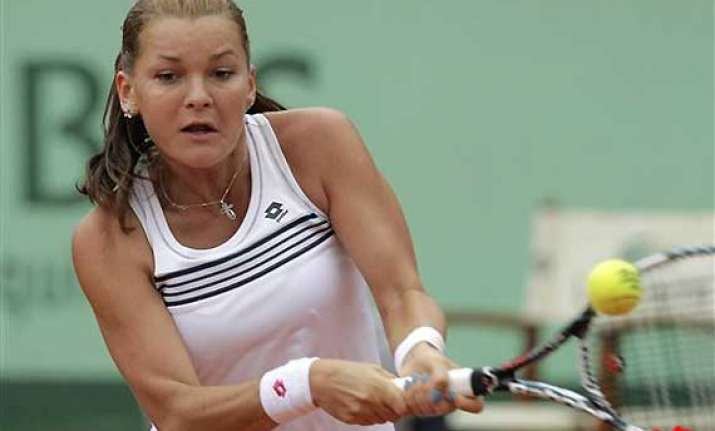 radwanska loses to kuznetsova at french open