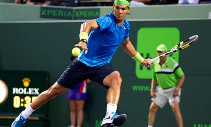 rafael nadal advances at miami masters