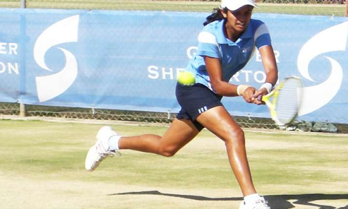 rishika enters second round of itf women s tennis c ships
