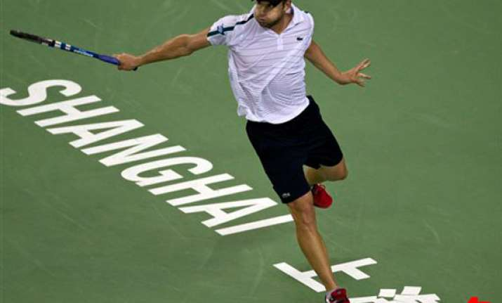 roddick moves into shanghai quarters