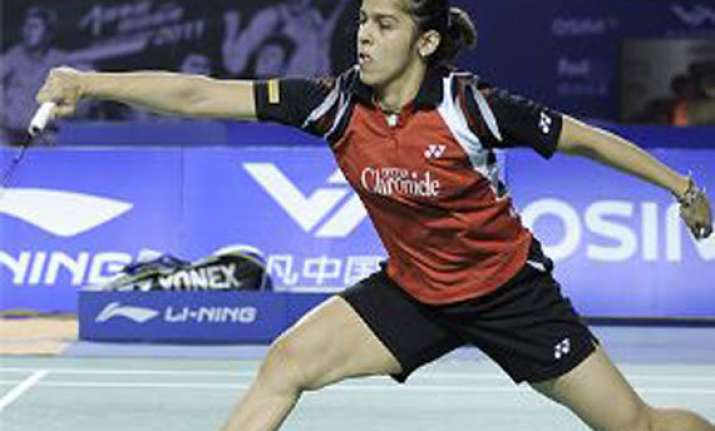 saina reaches semis of world super series finals
