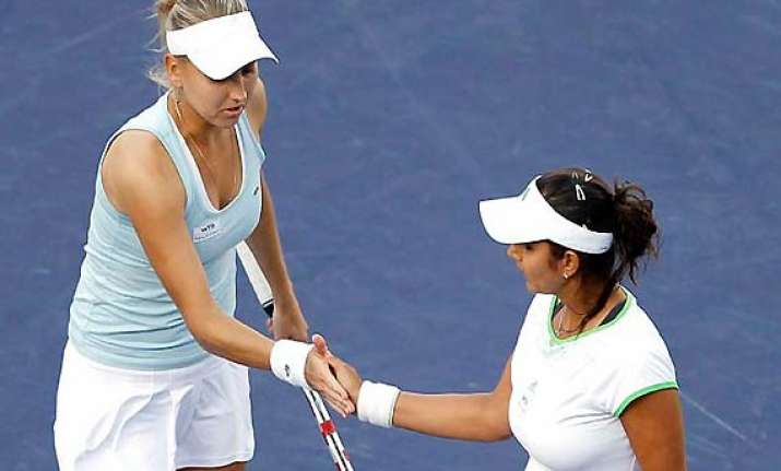 sania vesnina lose french open doubles final