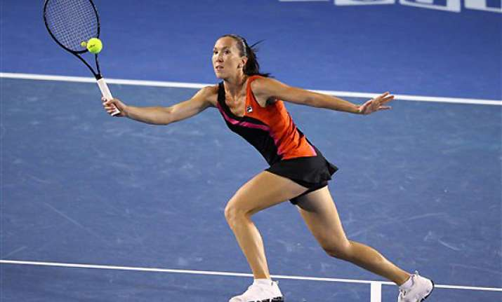 serbia takes 1 0 lead over belgium in fed cup