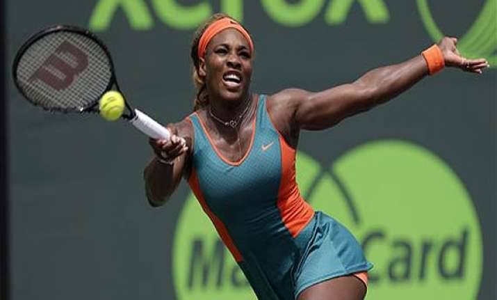 serena williams into 4th round at sony open.