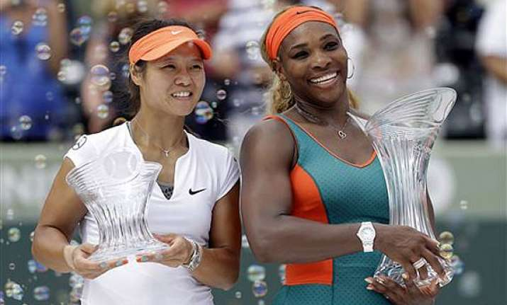 serena williams beats li na for sony open title