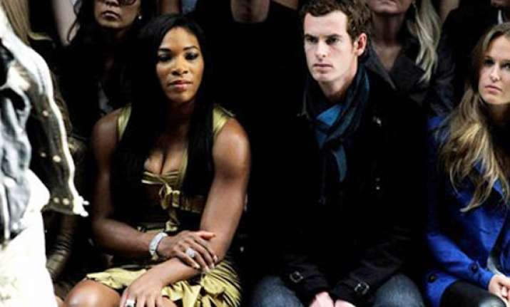 serena sends a karaoke challenge to andy murray