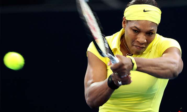 serena williams wins 1st match back after layoff