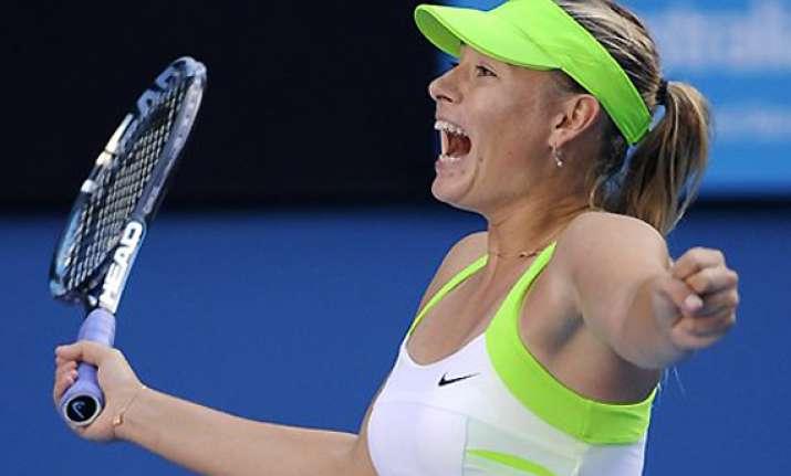 sharapova into australian open final