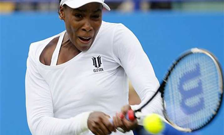 venus sweeps past ivanovic