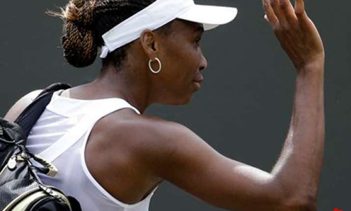 venus loses in 1st round for 1st time since 97