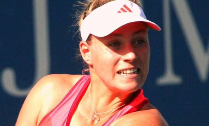 wta championships top seeded kerber ivanovic reach linz