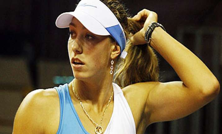 wickmayer advances at bank of the west