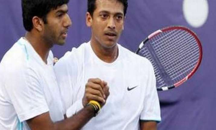 wimbledon paes bhupathi bopanna enter third round