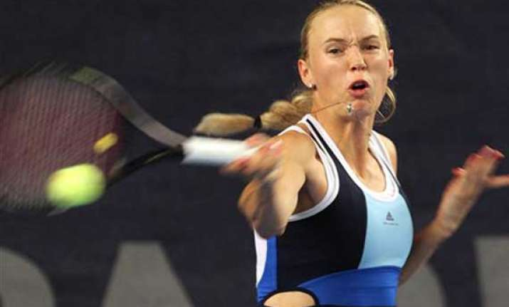 wozniacki beck to play luxembourg open final