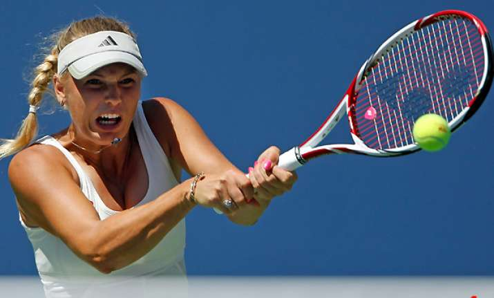wozniacki saves the intrigue for later