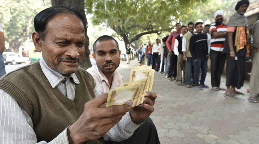 Ban on old Rs 500 and Rs 1000 notes