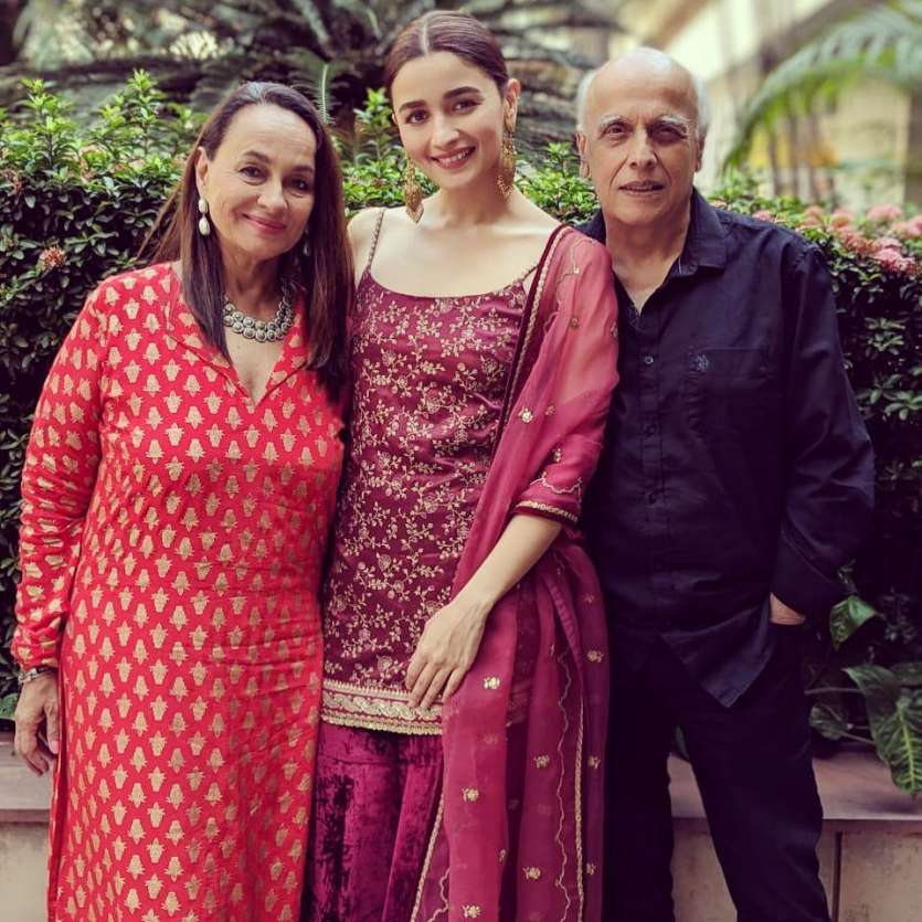 Image result for Alia Bhatt with parents
