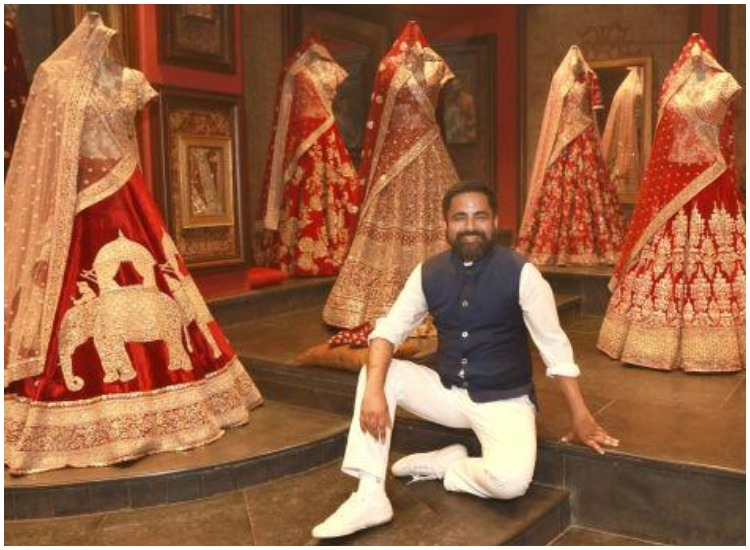 Designer Sabyasachi Believes There S A Shade Of Red For Every Indian Woman Fashion News India Tv