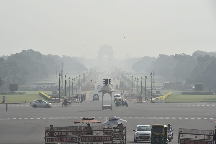 Delhi chokes as air quality dips to 'very poor', government