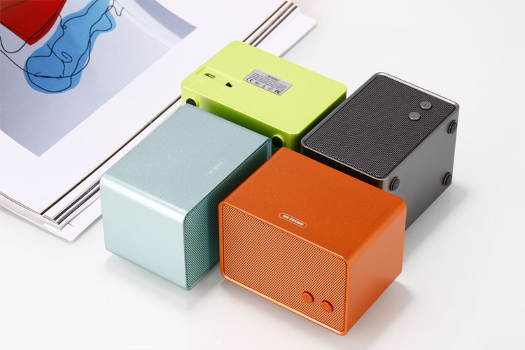 Wk Life S Sp350 A Power Packed Mid Range Bluetooth Speaker Gadgets News India Tv