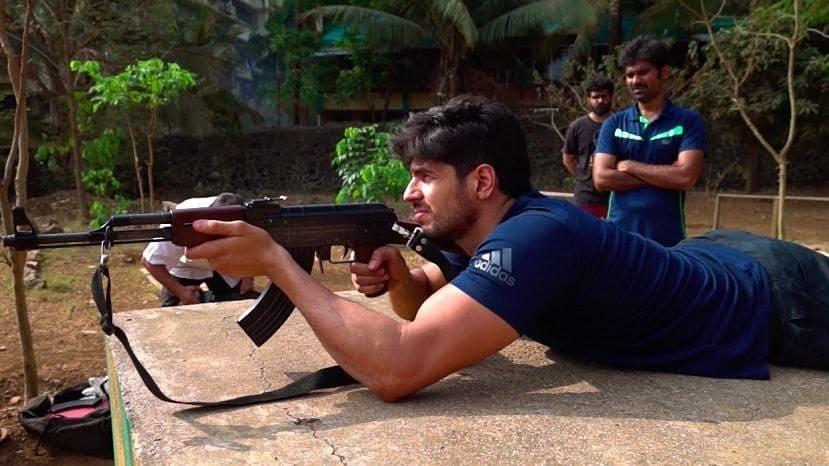 Sidharth Malhotra all set for 'Kargil's Sher Shah', a Vikram Batra Biopic:  Begins military training, see photos | Bollywood News – India TV