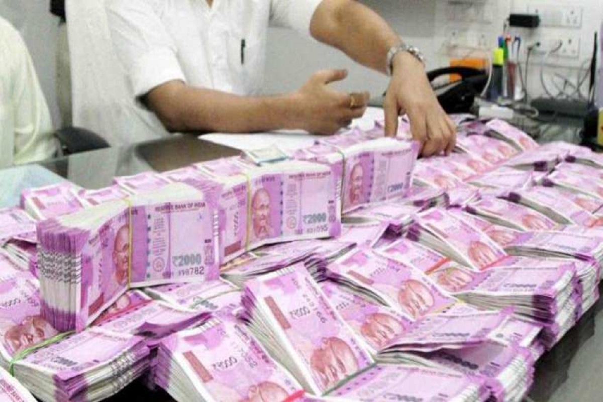 Rs 700 crore undisclosed income unearthed in Income Tax raids in Tamil Nadu  | Business News – India TV
