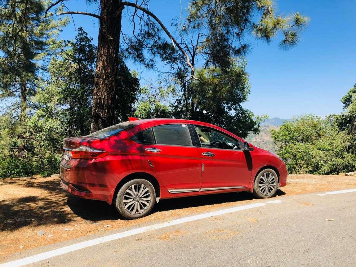 Honda City Review Best C Segment Sedan In India Settling The Elegance Vs Value For Money Debate Honda News India Tv
