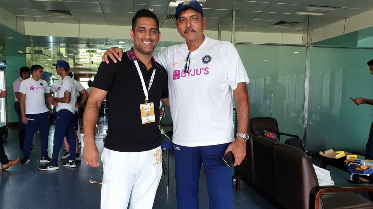Ravi Shastri posts photo with MS Dhoni; Kohli invites reporter to say hello to Mahi | Cricket News – India TV
