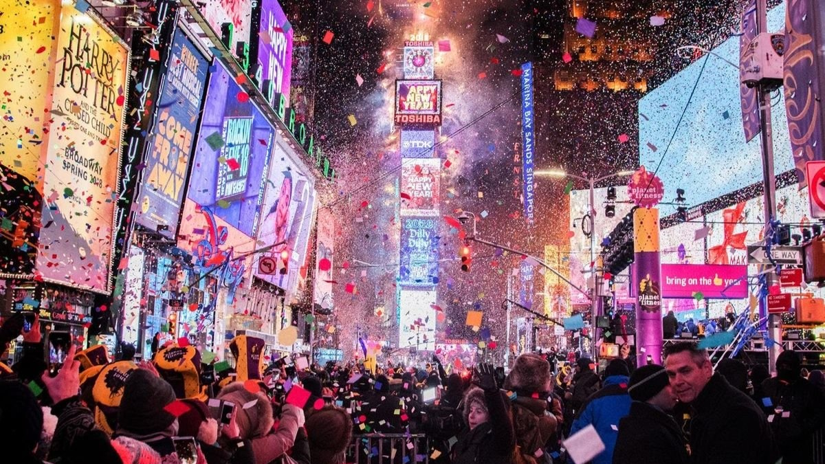 When And How To Watch New Year S Eve Ball Drop 2020 Live From