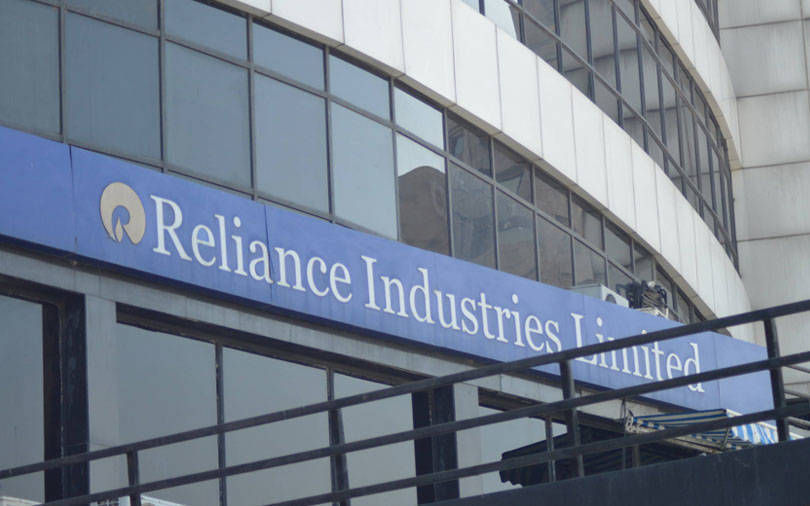 SBI, HDFC lead top-10 most valued companies add Rs 52,194 cr in m-cap    Business News – India TV