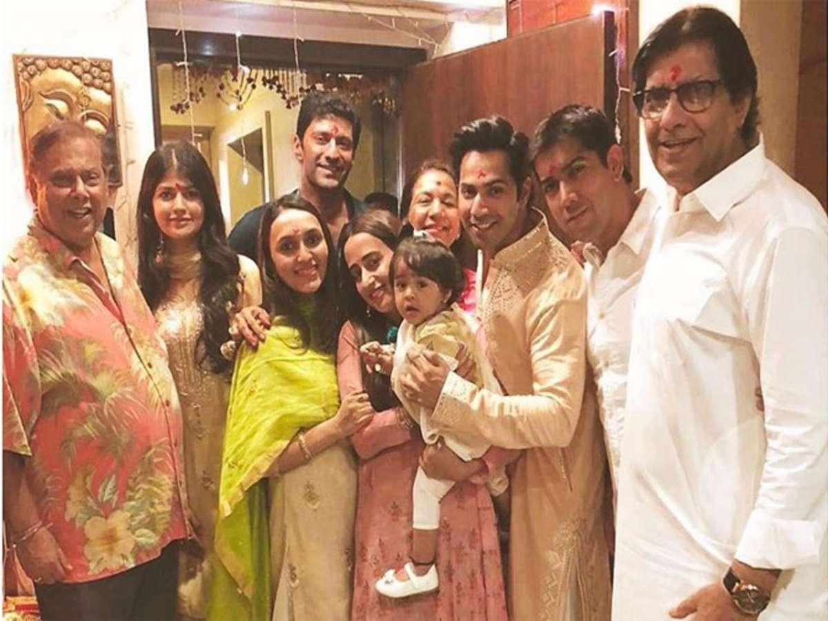 Varun Dhawan's unseen photos with girlfriend Natasha Dalal | Celebrities News – India TV