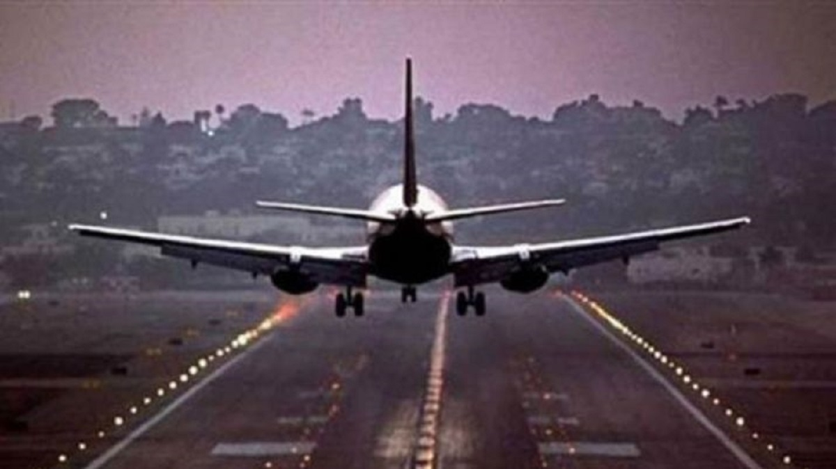 Indigo Spicejet Other Airlines Resume Online Bookings For Domestic Flights For June Business News India Tv